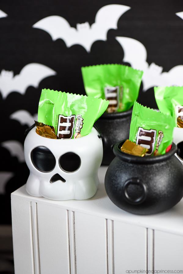 mini candy cauldrons
