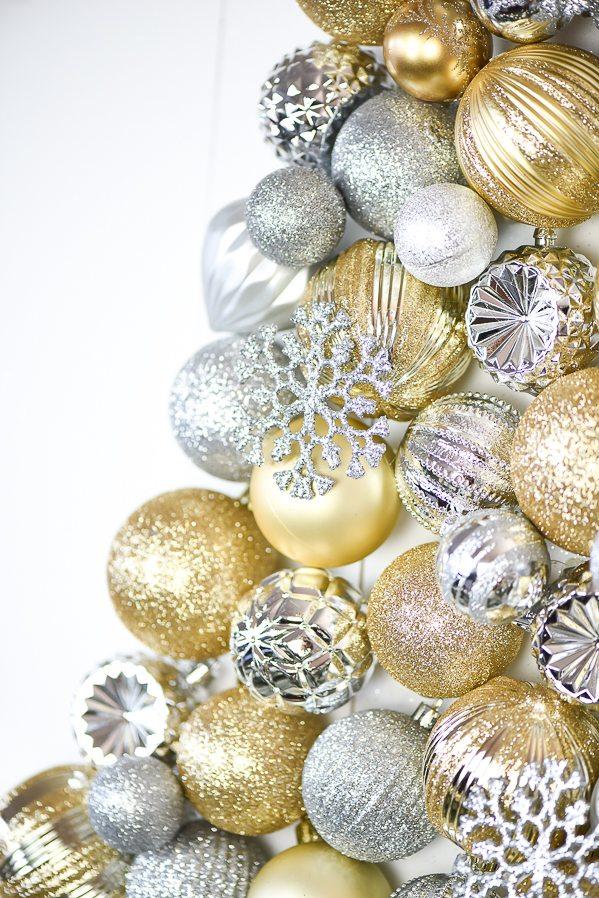 DIY Ornament Tree Display – how to make an ornament Christmas tree.