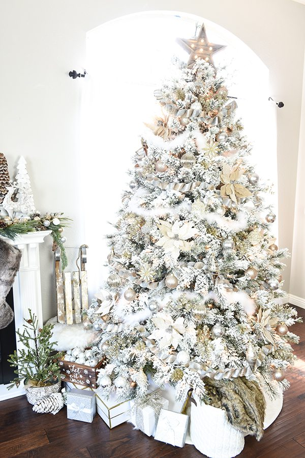how to decorate a flocked gold and silver winter wonderland christmas tree michaels dream tree - Decorating With Silver And Gold For Christmas
