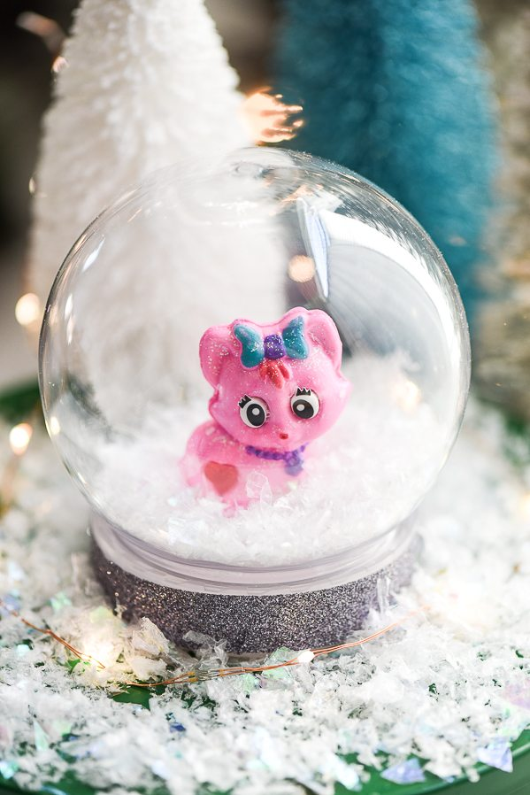 toy-snow-globes