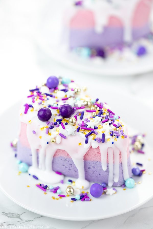 DIY Cake Bath Bomb – how to make cake slice bath bombs with soap icing and sprinkles.