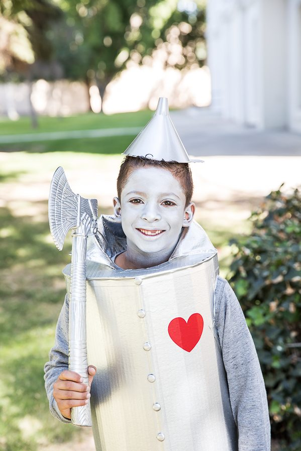 DIY Tin Man Costume for kids – how to make a tin man costume out of a cardboard box.