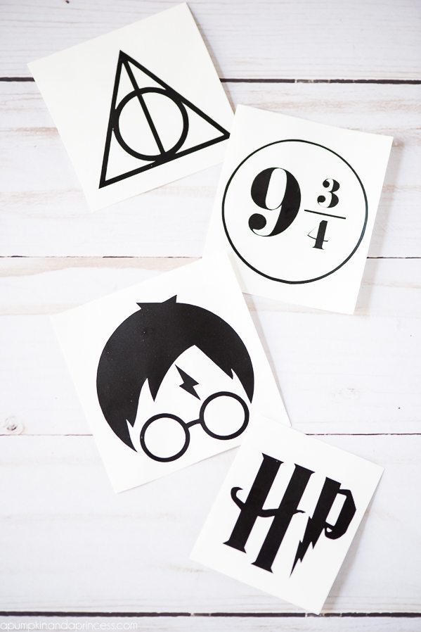 DIY Harry Potter Ornaments – how to make gold and vinyl Harry Potter ornaments for Christmas