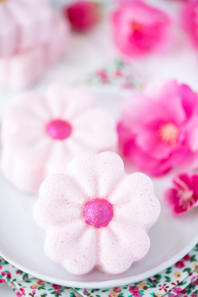How to make Cherry Blossom Bath Bombs #bathbombs