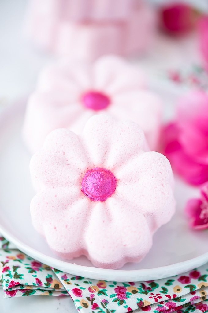 Flower bath bombs make a great handmade gift for mom!