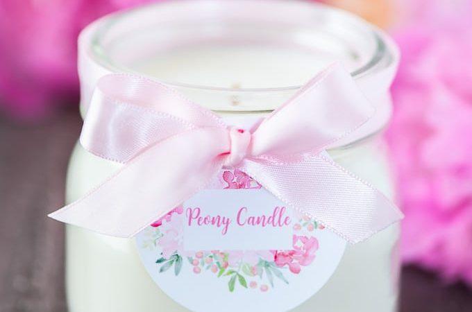 DIY Soy Mason Jar Peony Candle