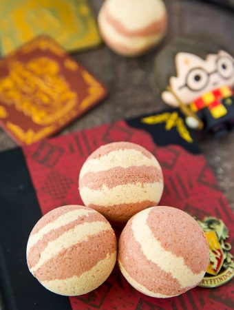 DIY Butterbeer Bath Bombs