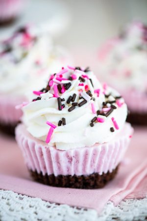 Easy Neapolitan Ice Cream Cupcakes recipe