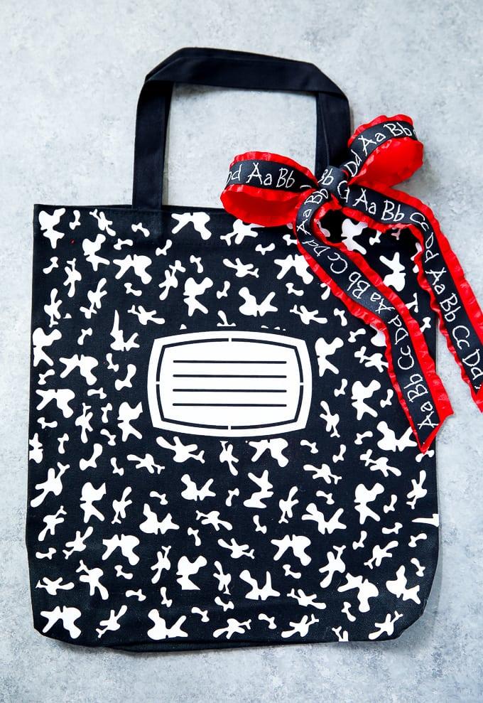 49db178692 How to make a personalized composition book tote bag #totebag  #teacherappreciation