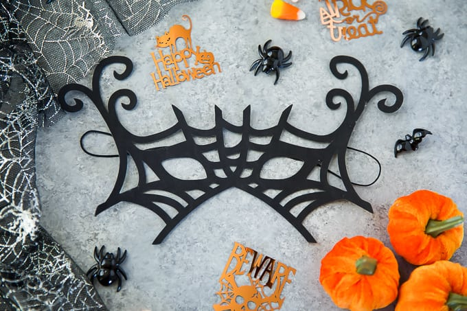 how to make a spiderweb Halloween mask