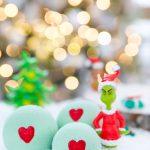 The Grinch bath bombs - easy handmade gift idea for kids!