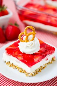 Sweet and salty classic strawberry pretzel salad dessert recipe