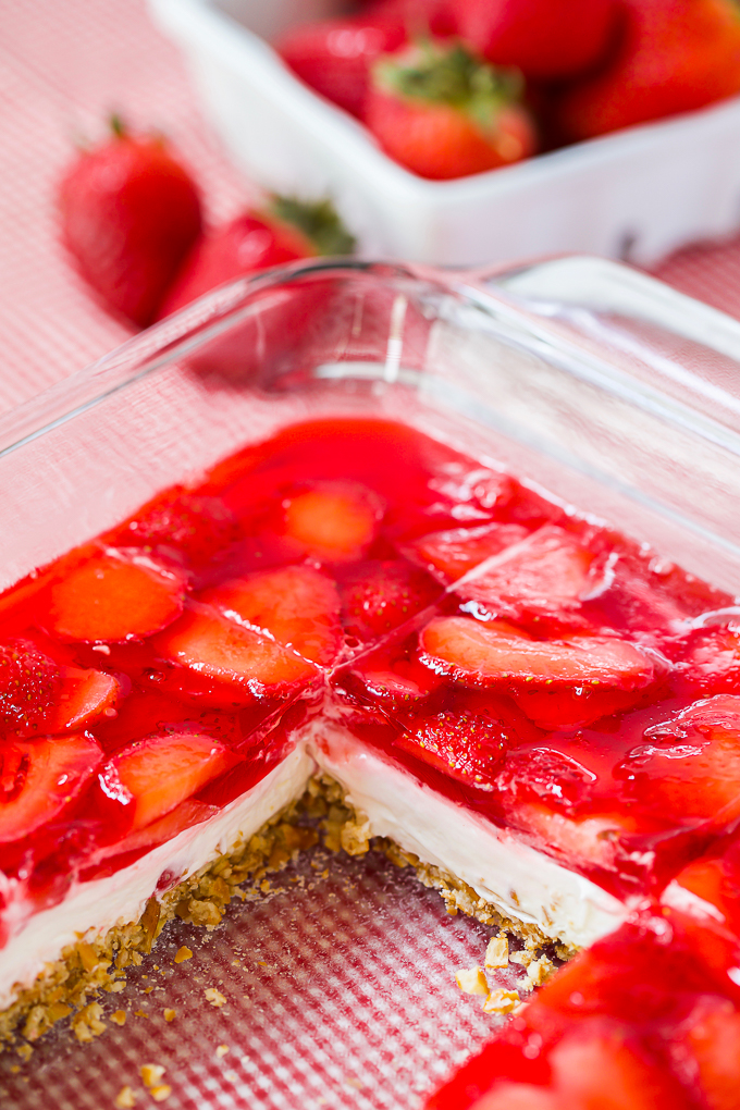 strawberry jello pretzel salad recipe