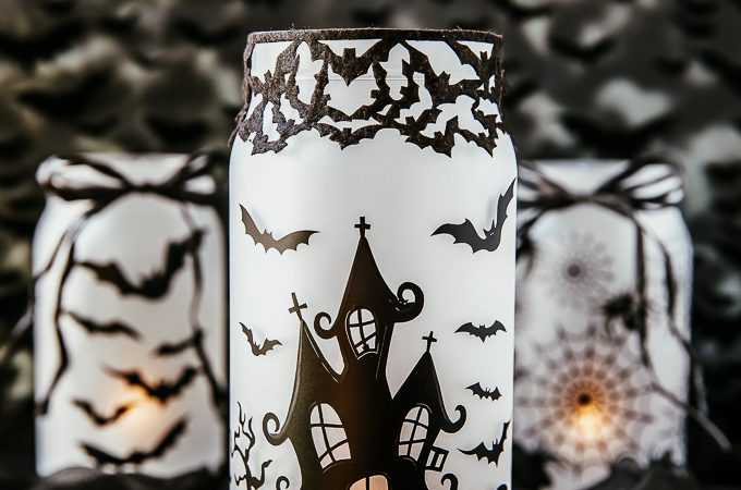 DIY Spooky glowing haunted house mason jar Halloween craft