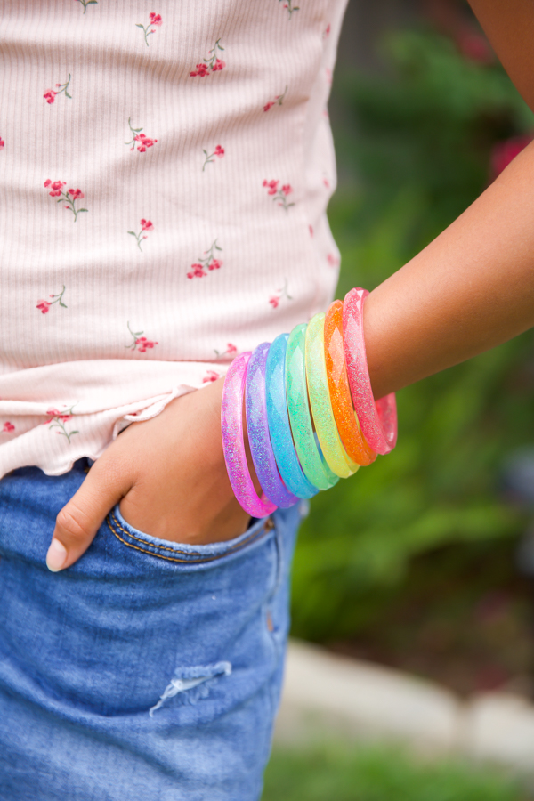 rainbow bangle bracelets - easy craft for girls