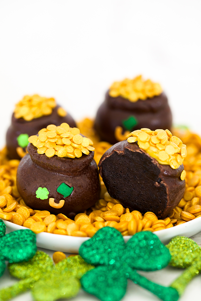 St. Patrick's Day Oreo balls
