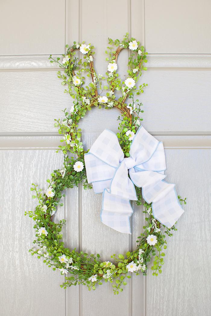 Easy spring wreath craft tutorial