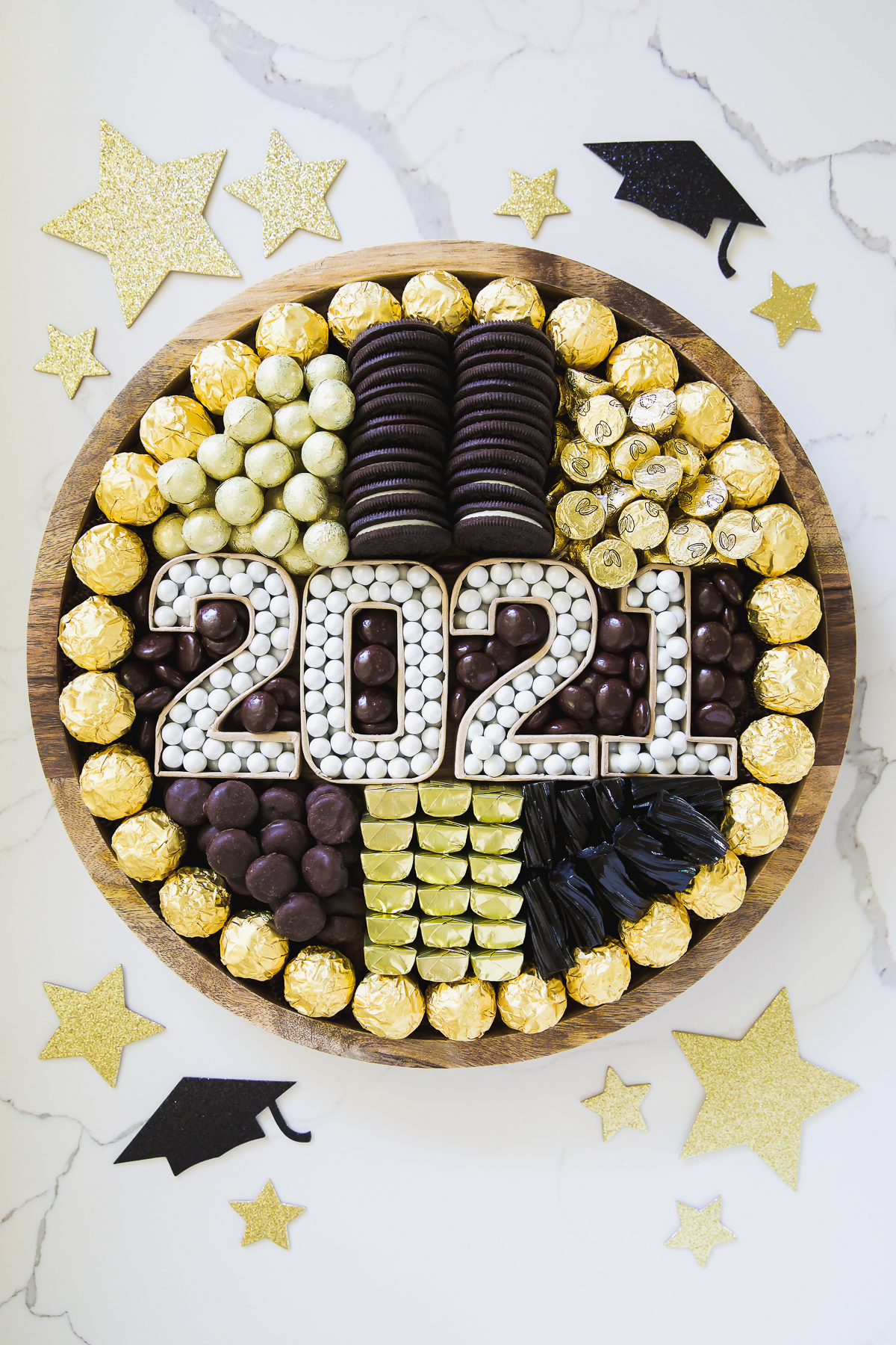 grad year black and gold candy tray